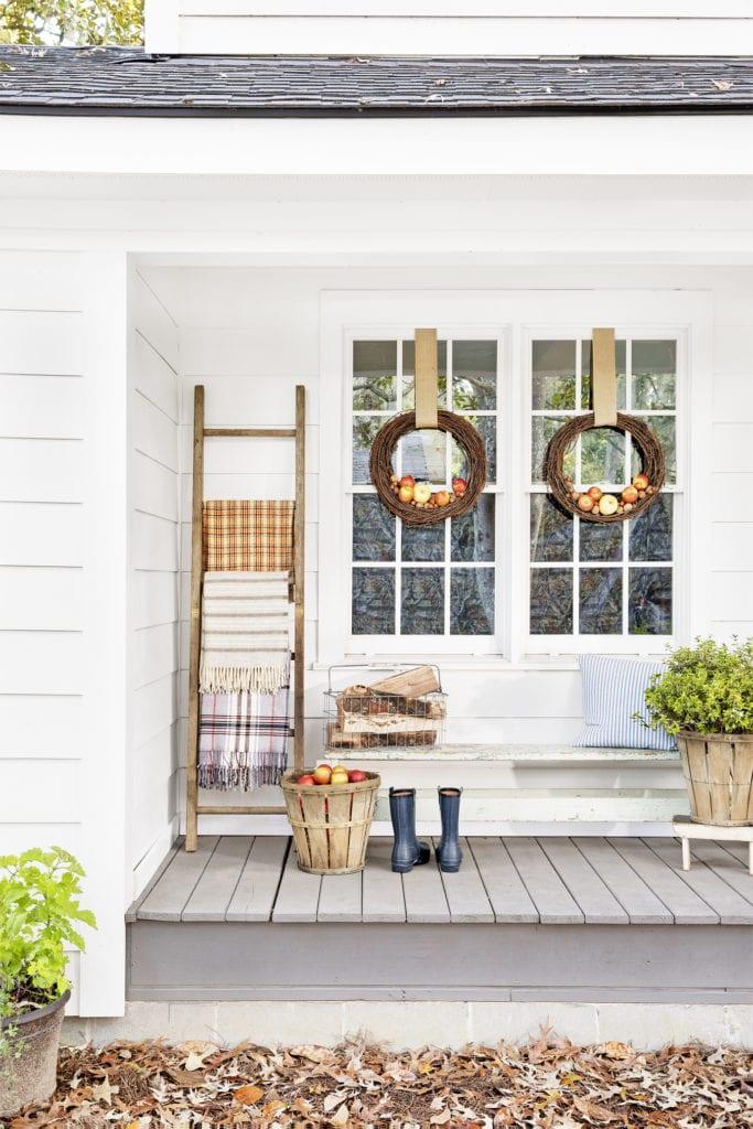 decorate porch fall