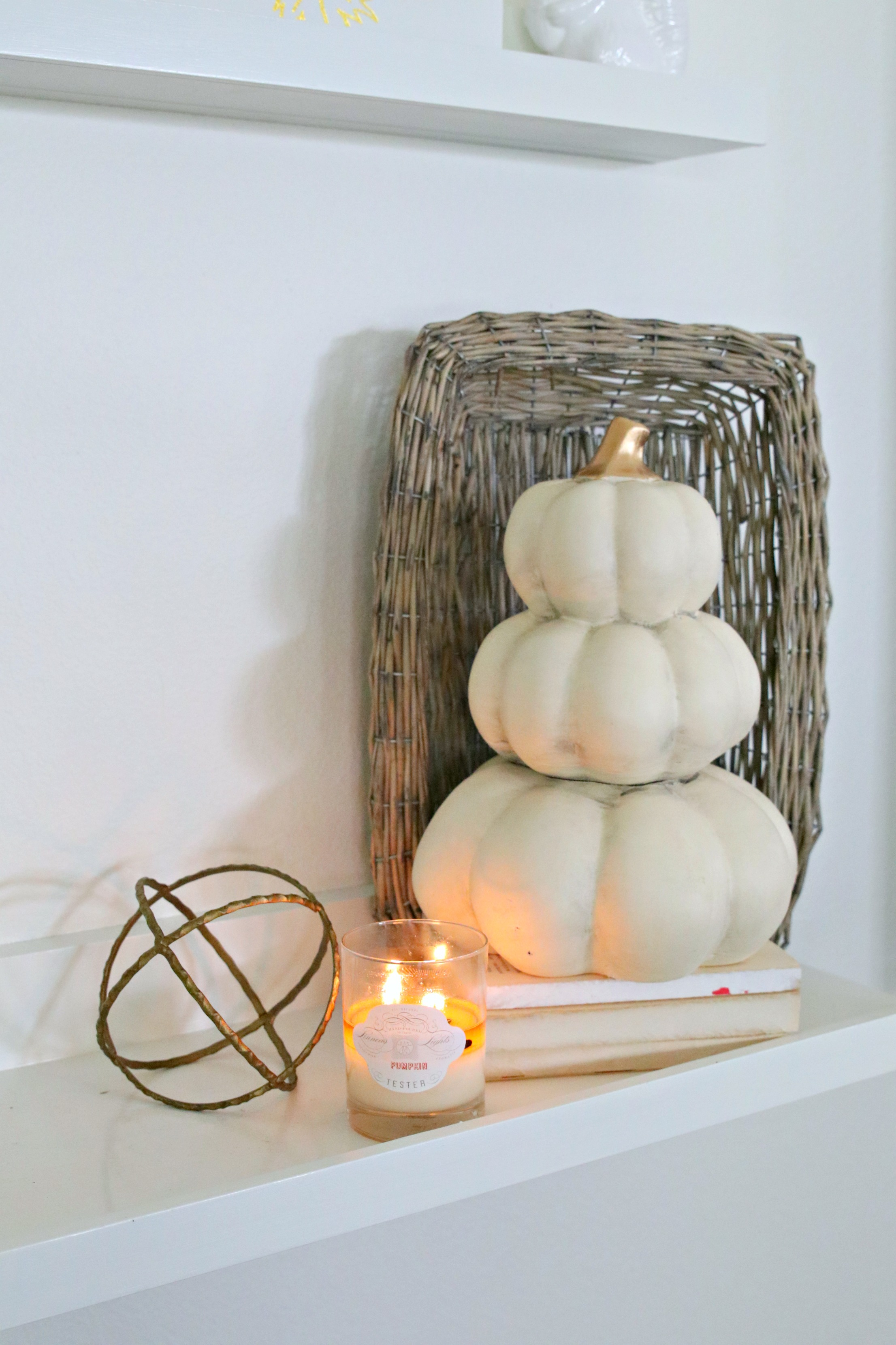 fall shelf styling