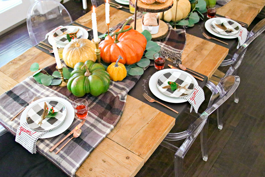 how to decorate a table for thanksgiving and fall