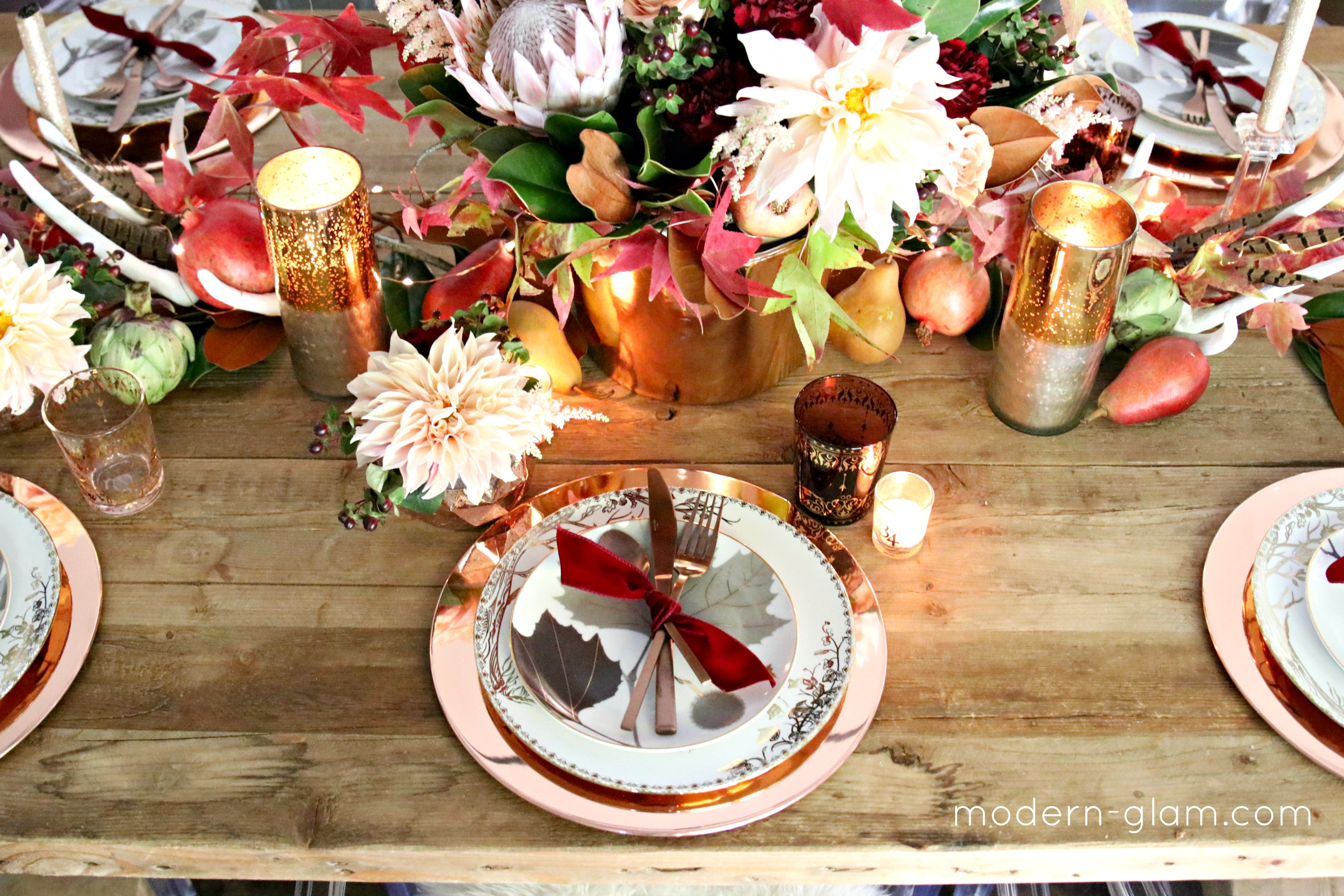 blush and rose gold thanksgiving table