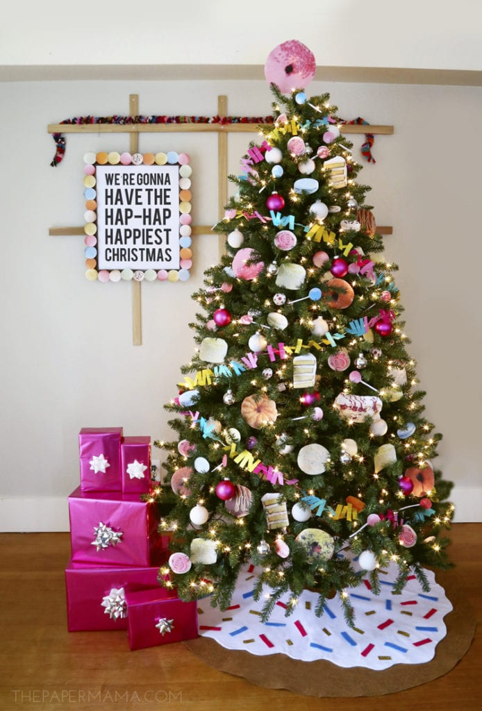 10 Inspiring Ideas: How To Decorate your Christmas Tree