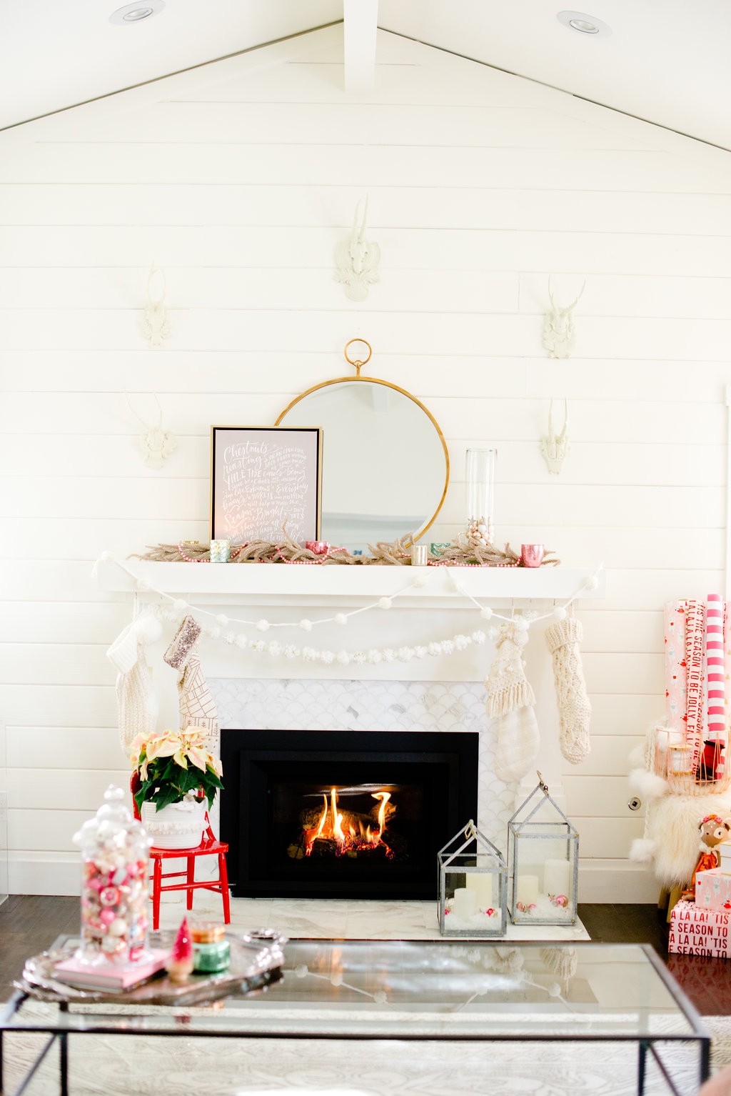 Holiday home tour - A Very Vintage Christmas
