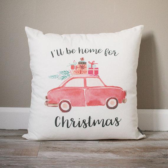 Holiday Decorating: Christmas Pillows