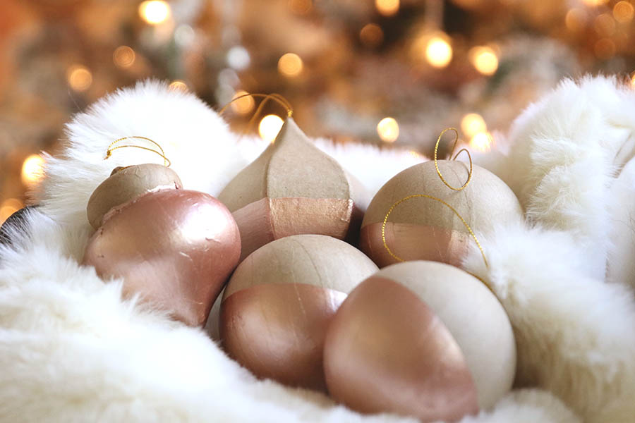 Diy Rose Gold Dipped Ornaments Modern Glam