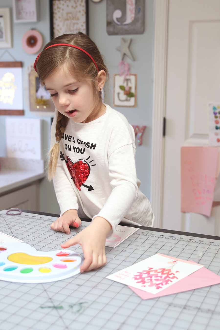 Valentine's Day Thumbprint Art with free printable