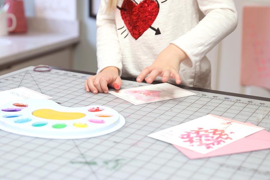 Valentine's Day Thumbprint Kids Art with free printable