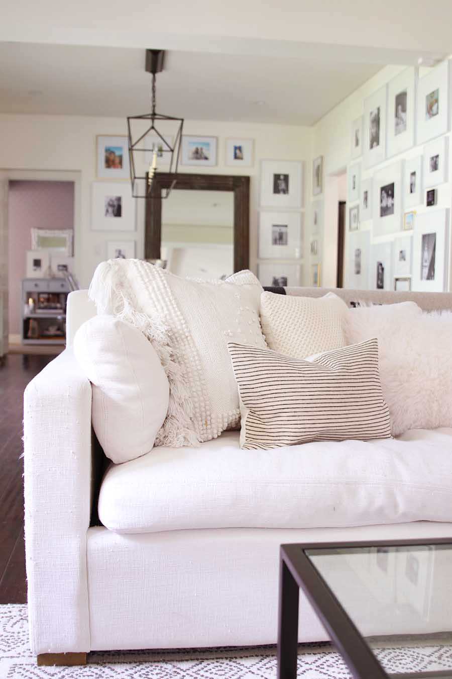 How To Add Cozy Vibes to Your Winter Home
