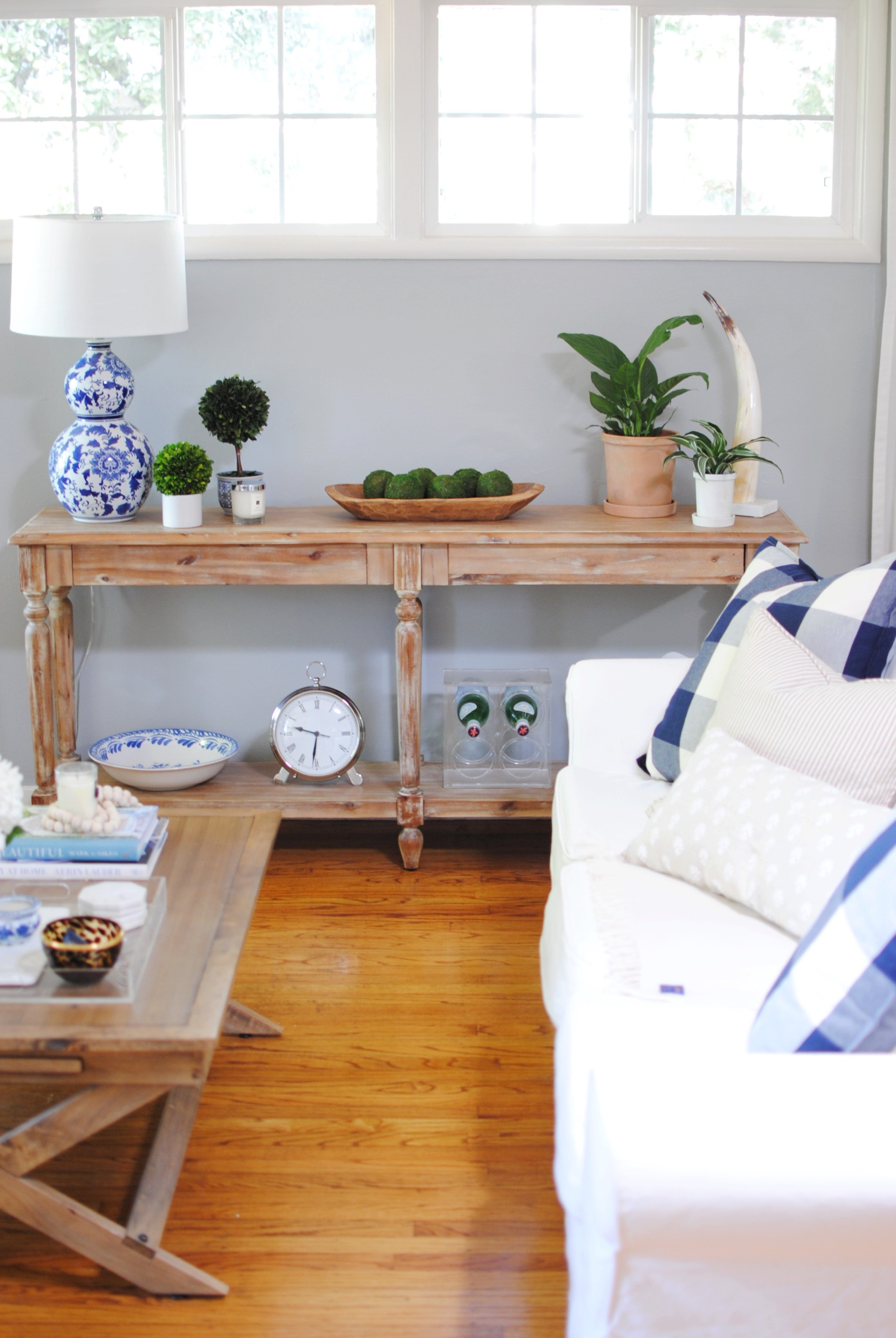 Winter Decorating: 10 Creative Ideas to Decorate your Home