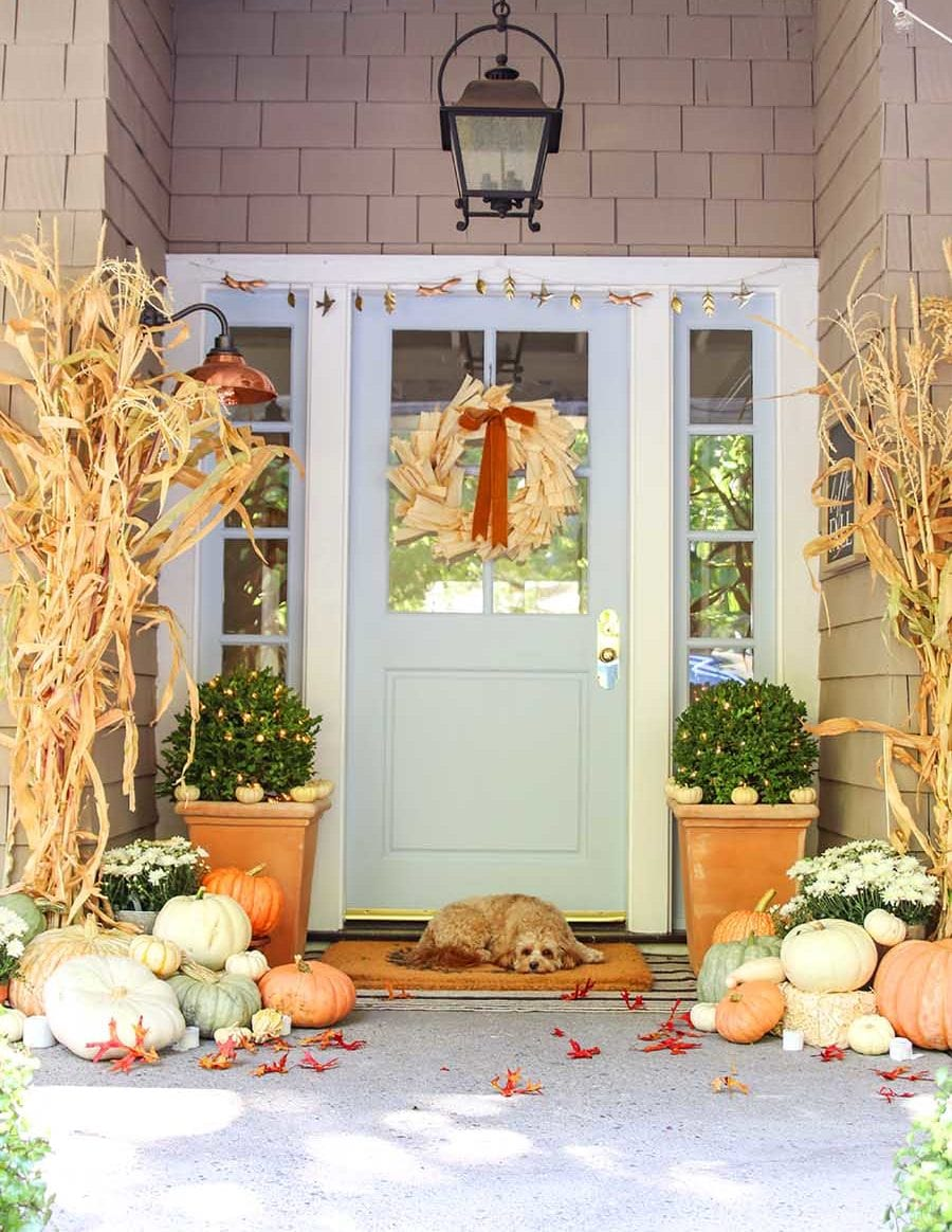 autumn porch decorating