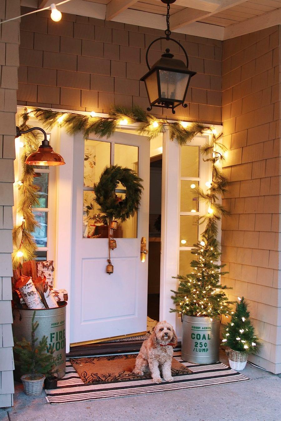 simple farmhouse christmas decorations