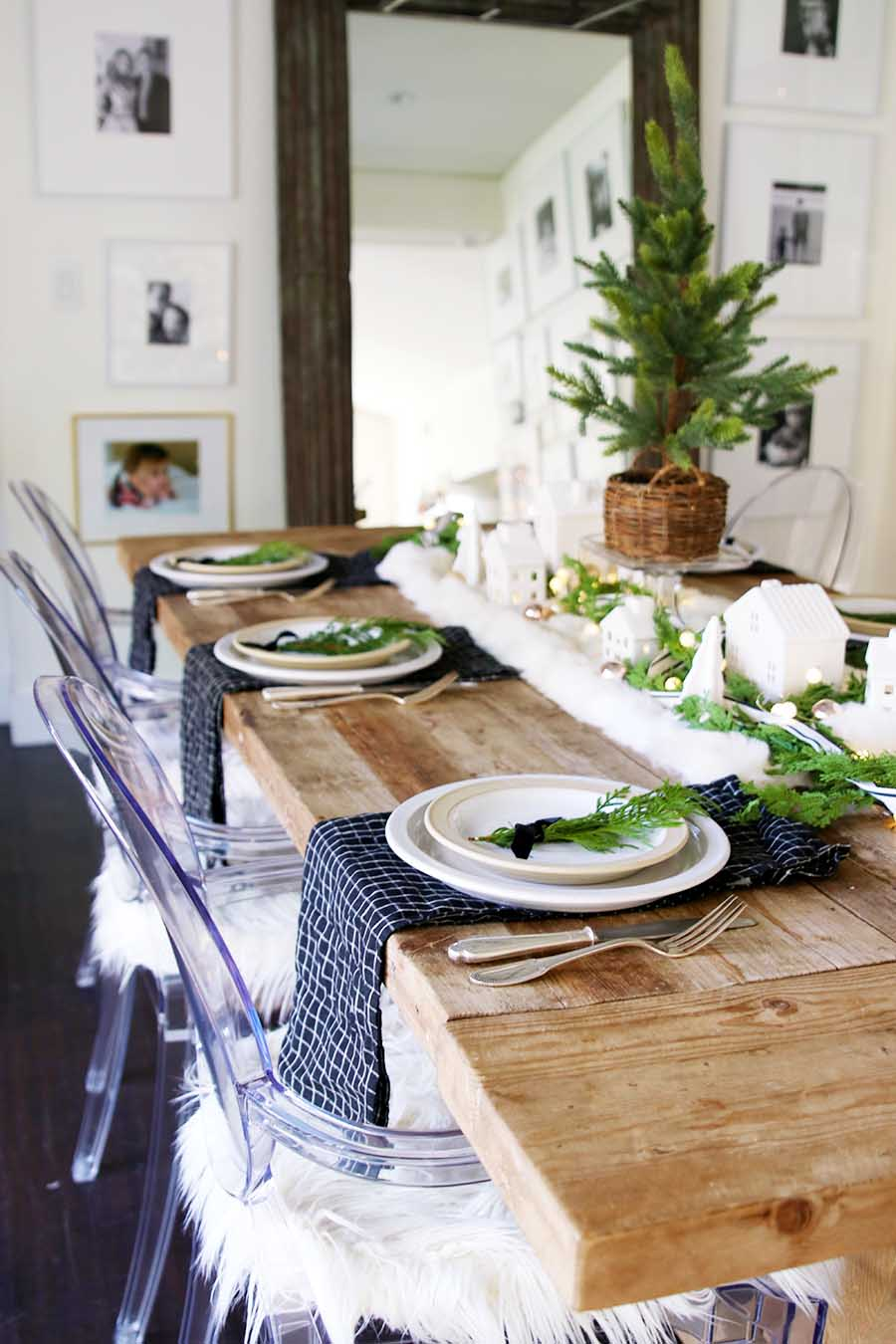 Modern Farmhouse Christmas table