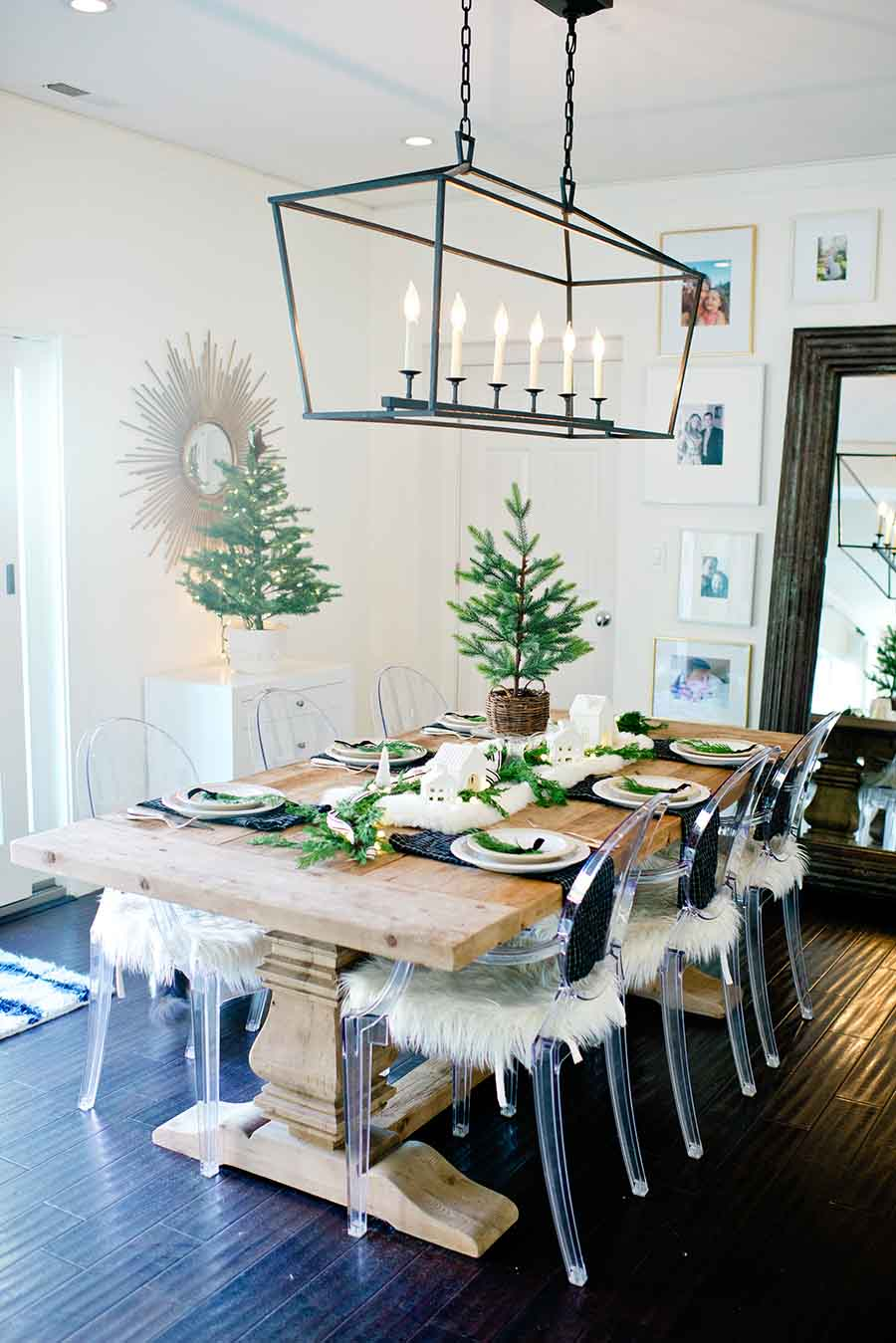 Modern Farmhouse Christmas Table
