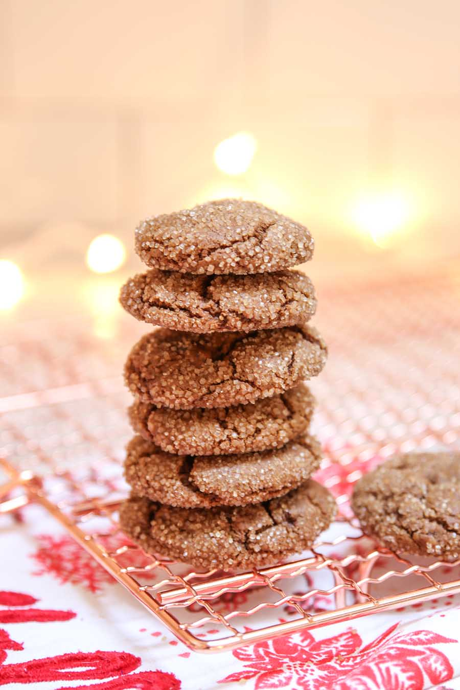 Spicy Chewy Ginger Molasses Christmas cookies