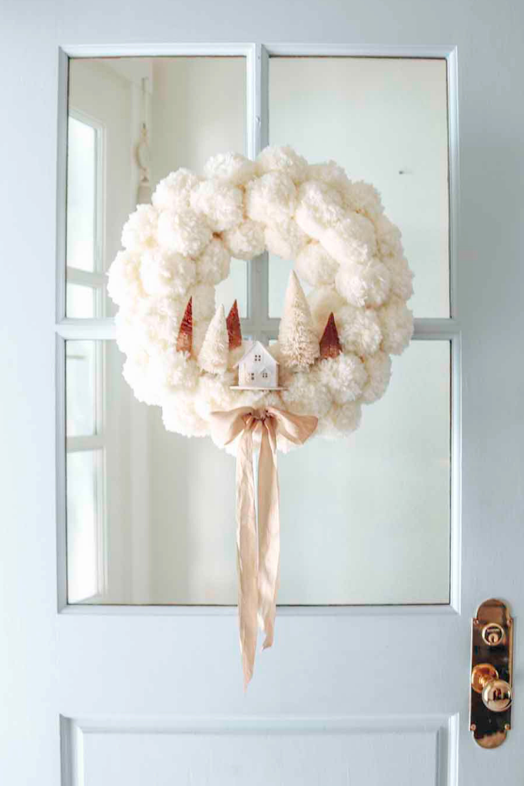 winter pom pom wreath diy
