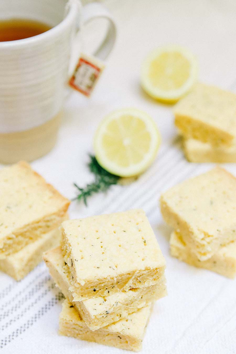 rosemary shortbread bars