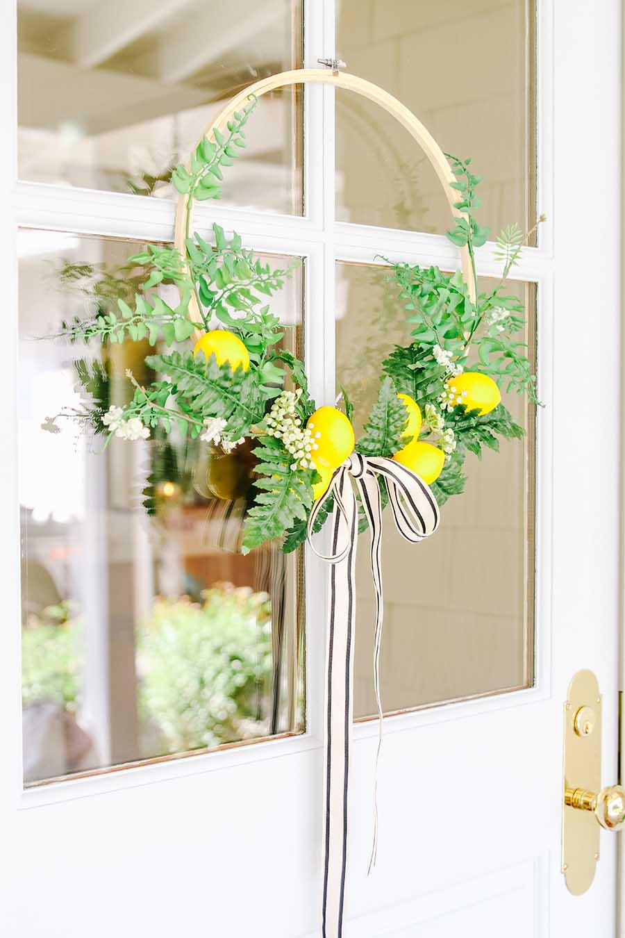 modern wreath with lemons