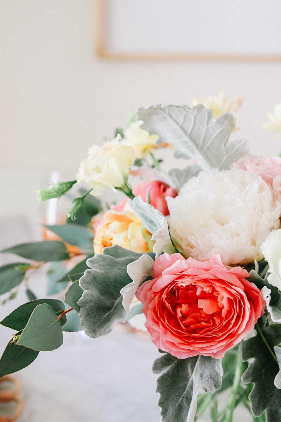 garden roses arrangement