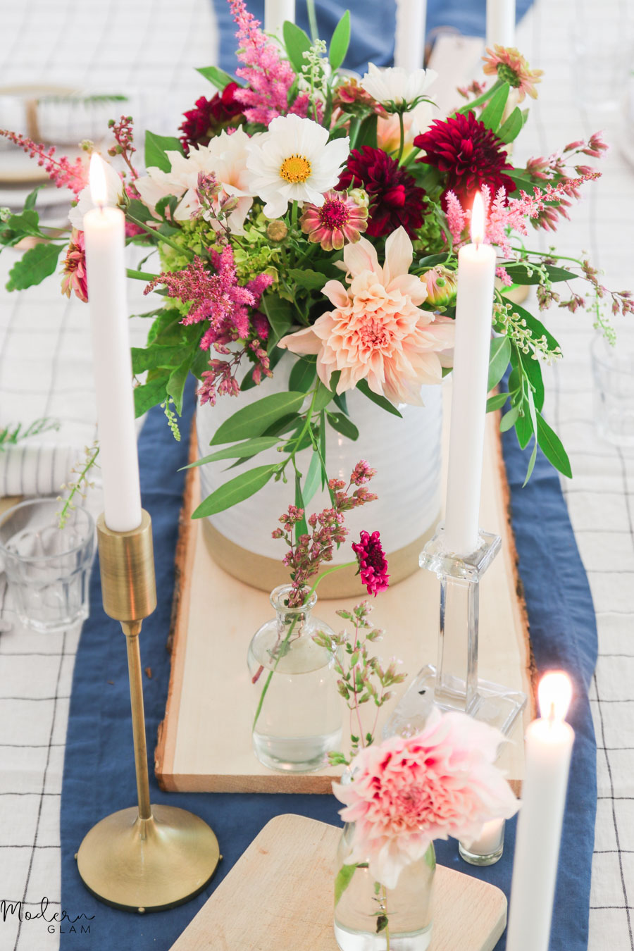 summer table setting with dahlias
