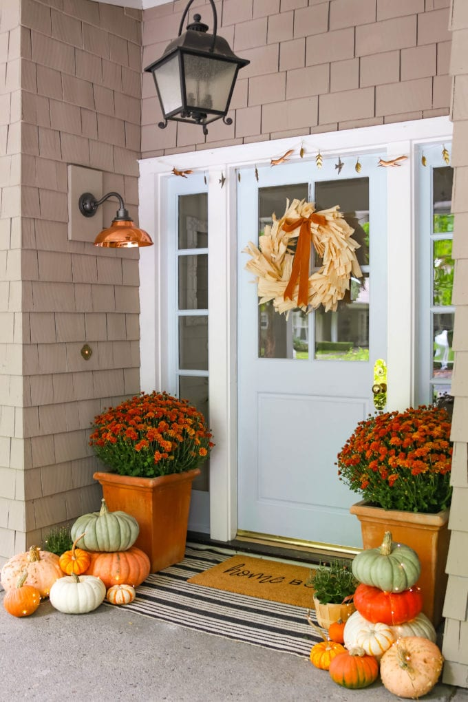 beautiful fall front porch decor