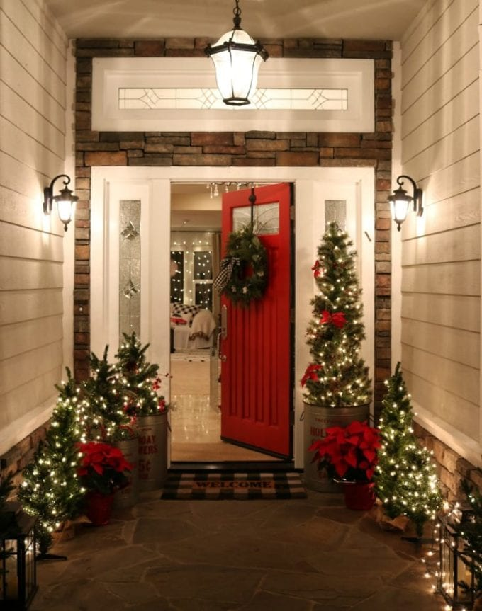 beautiful christmas porch ideas