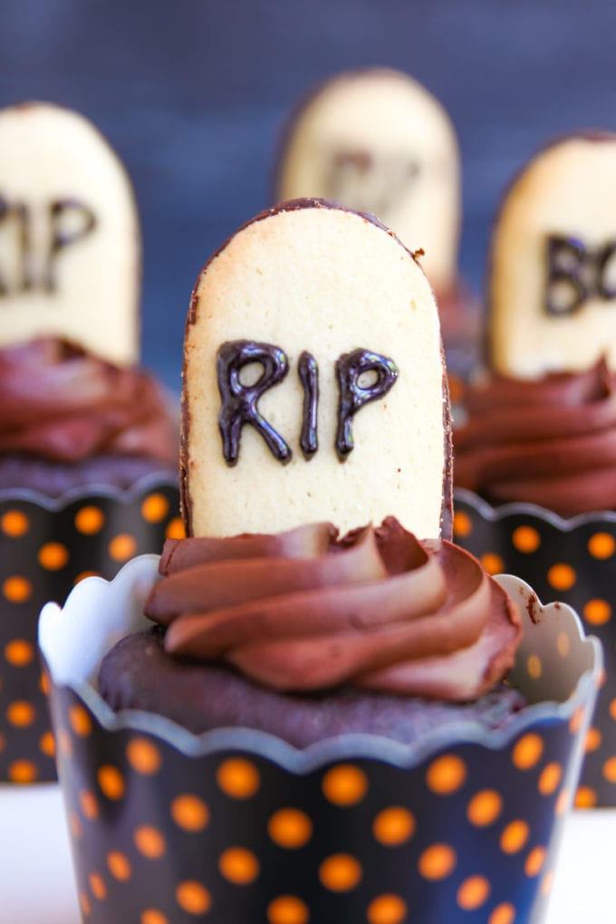 tombstone cupcakes for halloween