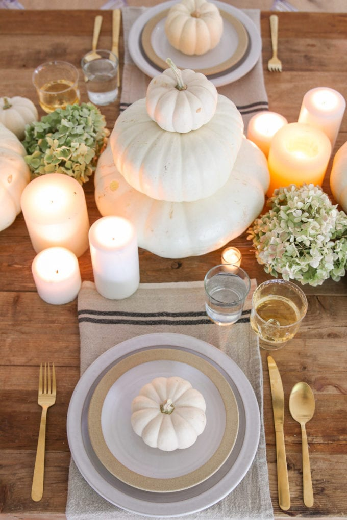 white thanksgiving table decor