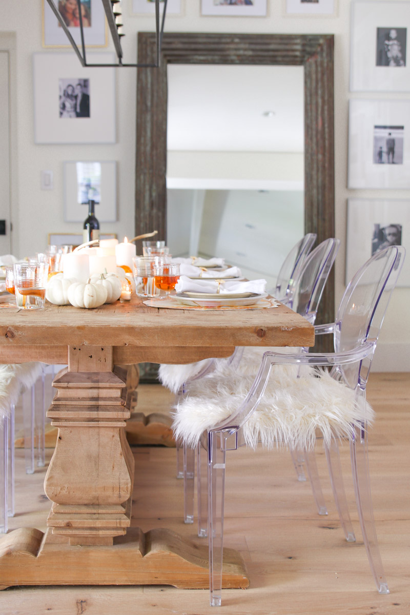 rustic farmhouse thanksgiving table