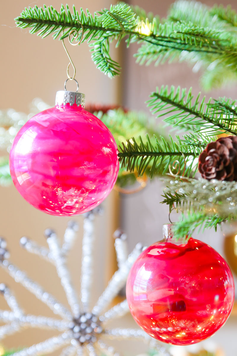 Diy Christmas Ornaments Melted Crayon Craft Modern Glam
