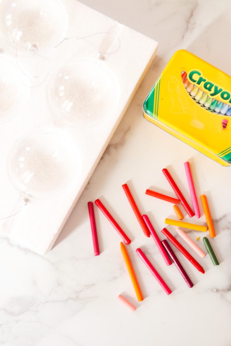 diy melted crayon craft