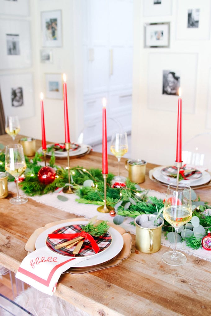 how to set a vintage modern holiday table