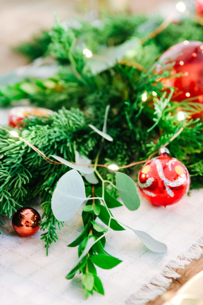 christmas table garland ideas