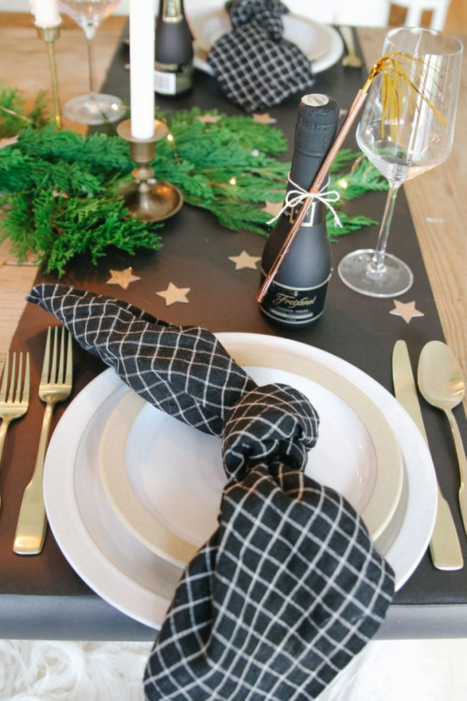 NYE place setting idea