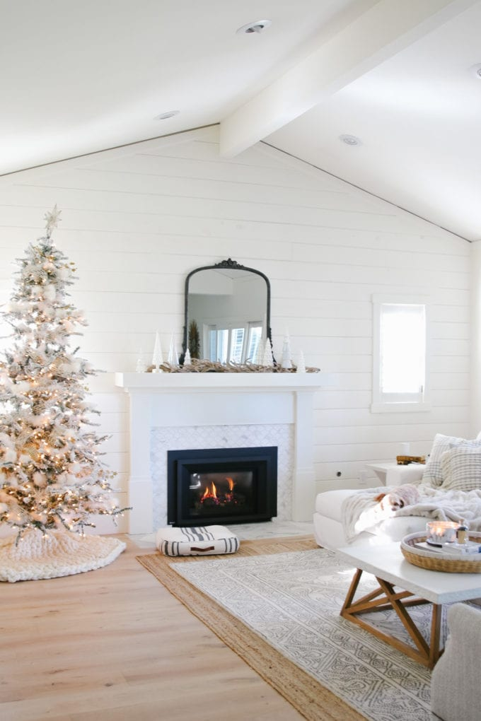 winter white decorating