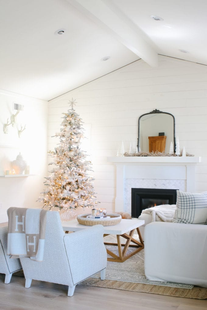 how to transition your decor from christmas to winter