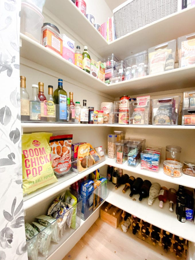 pantry cleaning checklist