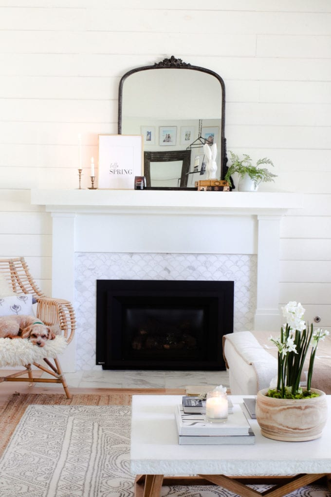 tips to decorate your mantel