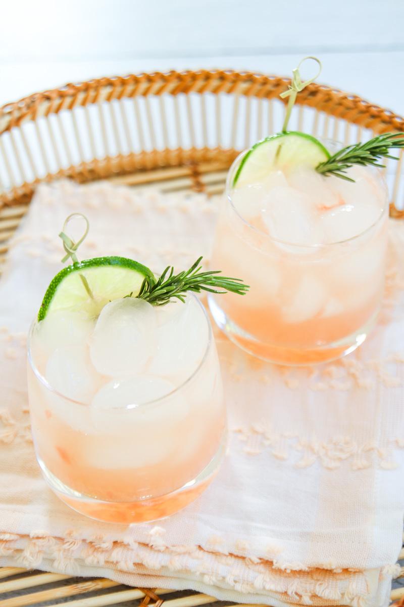 healthy grapefruit margarita