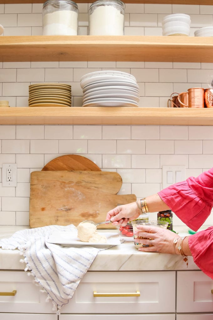 how to make layered hummus dip