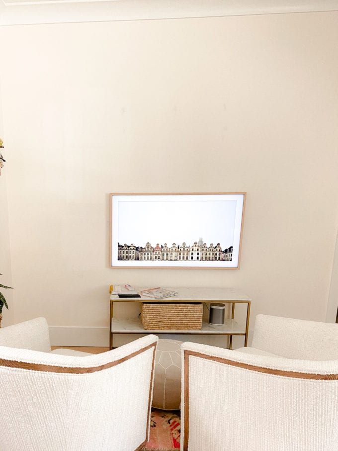 how to create a focal wall