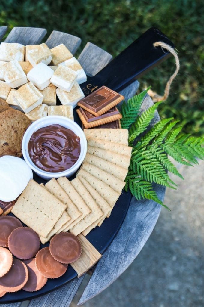 how to make a s'mores dessert board