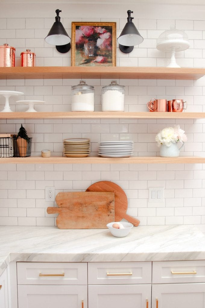 modern farmhouse kitchen decor for summer