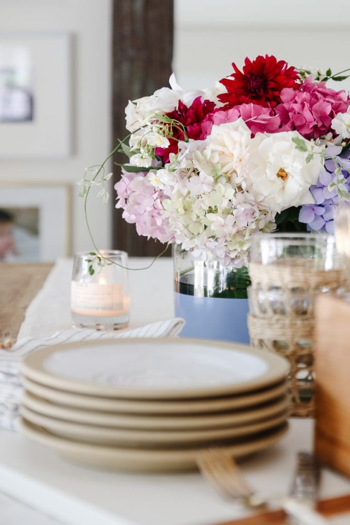 casual summer tablescape
