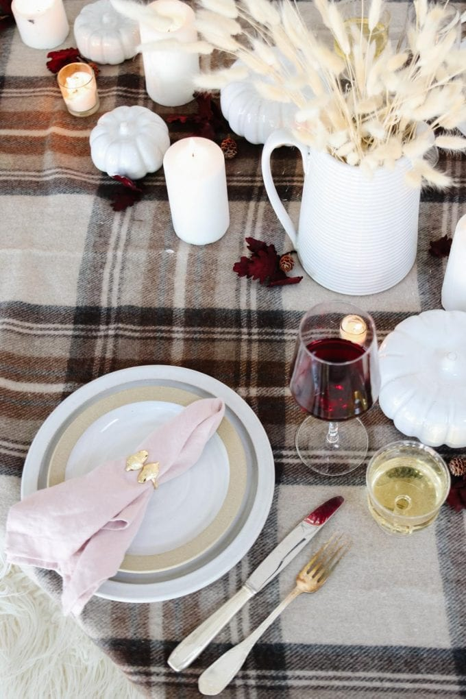 inexpensive fall tablescape