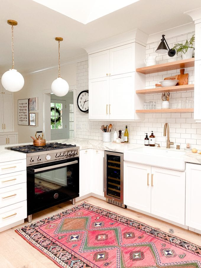 easy ways to update your kitchen with accessories.