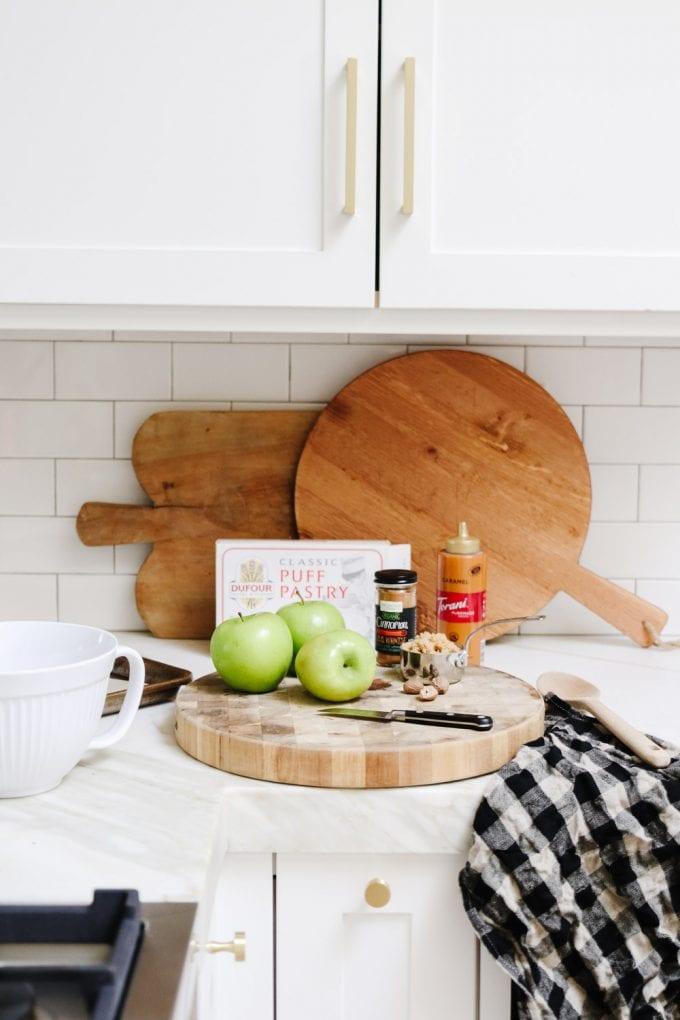 puff pastry apple tart ingredients
