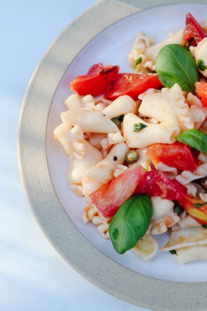 fresh tomatoes pasta salad