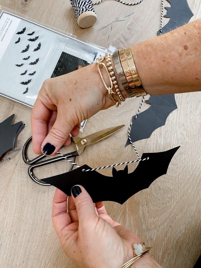 how to make halloween garland