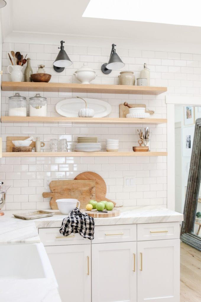 open kitchen shelf styling