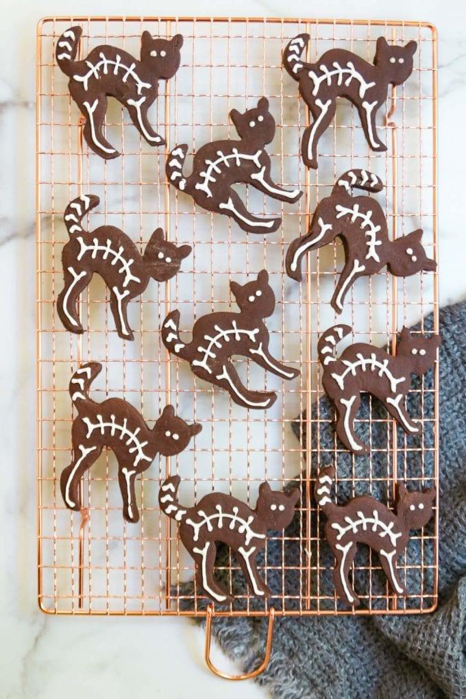 black cat skeleton halloween cutout cookies