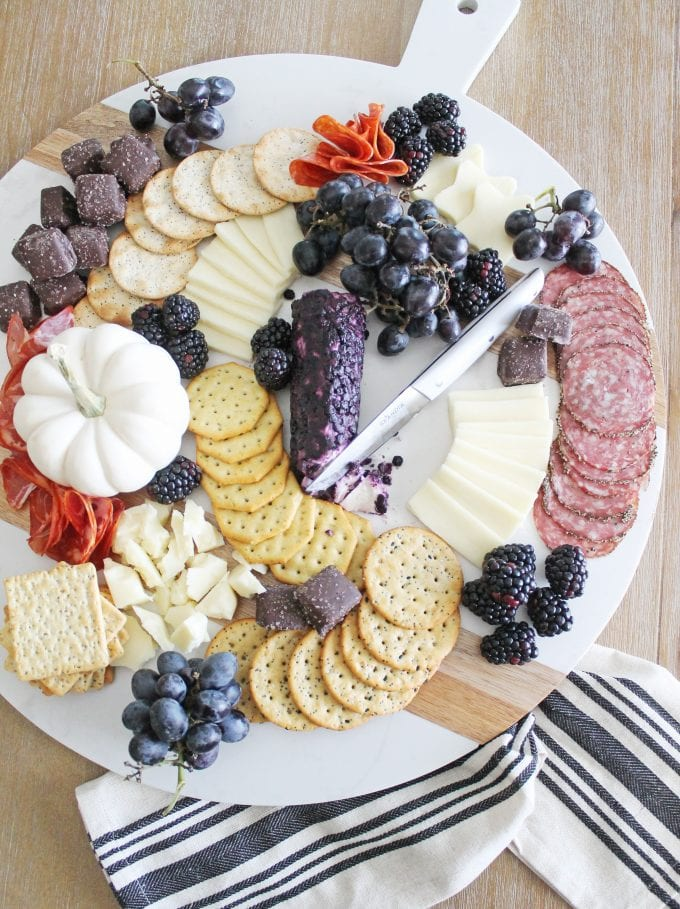 6 halloween charcuterie board ideas